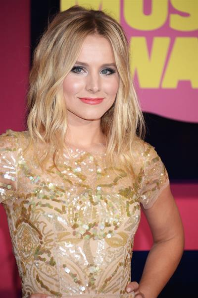 Kristen Bell - 2012 CMT Music Awards in Nashville (June 6, 2012)
