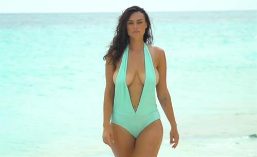 Myla Dalbesio in a bikini