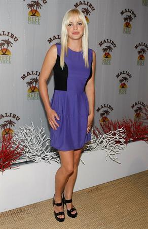 Anna Faris at the Malibu and Reef Check Partnership Summer Pool Party at Malibu Reef Check Estate