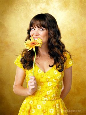 Anna Friel Pushing Daisies Season One promos