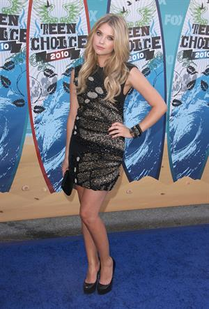Ashley Benson attends the 2010 Teen Choice Awards at Gibson Amphitheatre on August 8