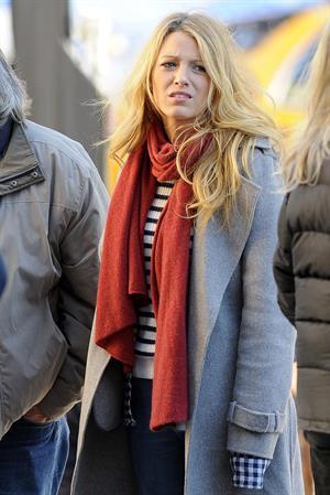 Blake Lively The Set of Gossip Girl in New York - October 11, 2012