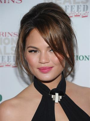 Christine Teigen - 2012 Clarins Million Meals Concert For FEED in New York City (May 30, 2012)