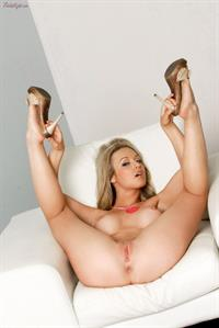 Kayden Kross shows off her amazing curves for Twisty's