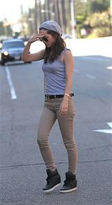 Eliza Dushku Headed for doctor's office in Beverly Hills - Sept 17, 2012