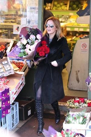 Geri Halliwell shopping for some roses in London on February 14, 2013