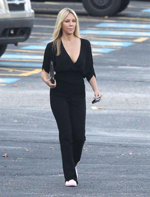 Heather Locklear - Set of 'Scary Movie 5' in Atlanta - September 18, 2012