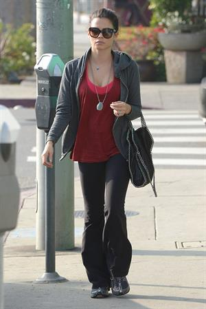 Jenna Dewan - Going for lunch at Utah Cafe in Los Angeles - Dec. 6, 2012
