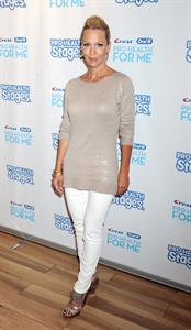 Jennie Garth - Crest & Oral-B Pro-Health Stages And Pro-Health For Me Launch (Aug 8, 2012)