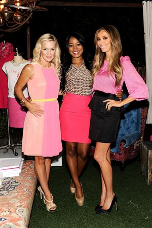 Jennie Garth Live IN Pink Event (Aug 15, 2012)