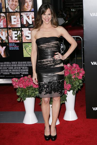Jennifer Garner Valentine's Day Los Angeles premiere on February 8, 2010