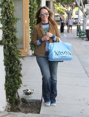 Jennifer Love Hewitt Shopping at Kitson in Beverly Hills April 6, 2013