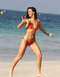 Jennifer Metcalfe - Bikini candids in Dubai (26.01.2013)