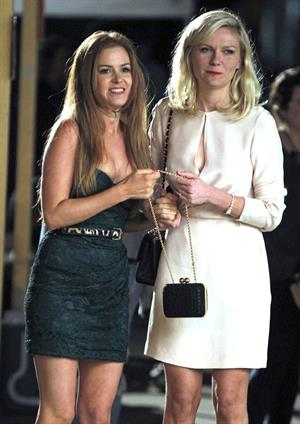 Kirsten Dunst and Isla Fisher filming Bachelorette in New York on September 1, 2011