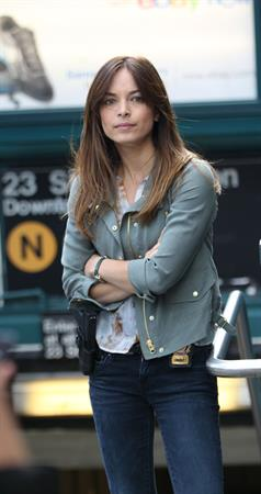 Kristin Kreuk Filming  Beauty & The Beast  in New York City - Sep. 16, 2013