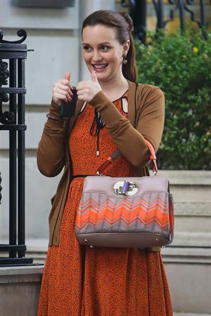 Leighton Meester - On the set of Gossip Girl in New York - August 17, 2012