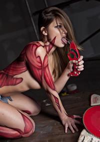 Chelsie Aryn Miller in body paint