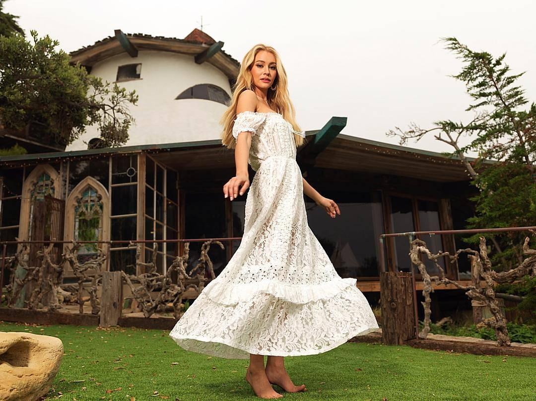 Bryana Holly- Who Says - YouTube