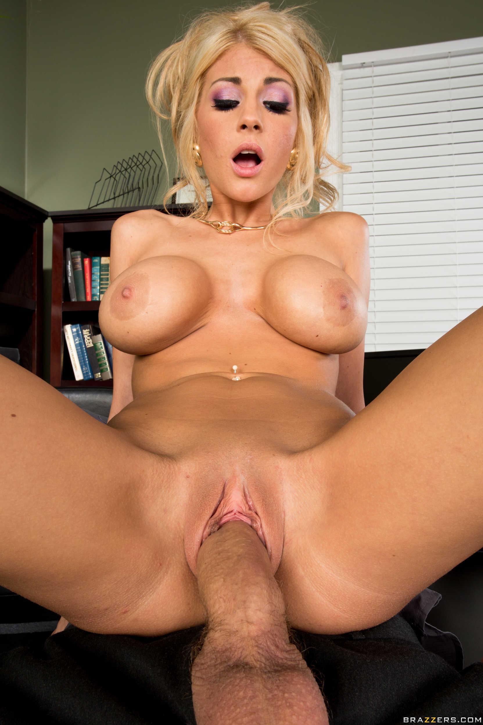 Blonde Pornstar Fuck