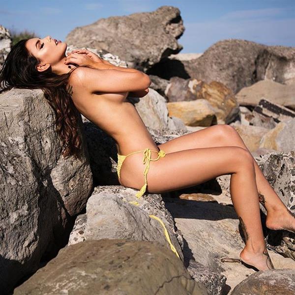 Nicole Thorne