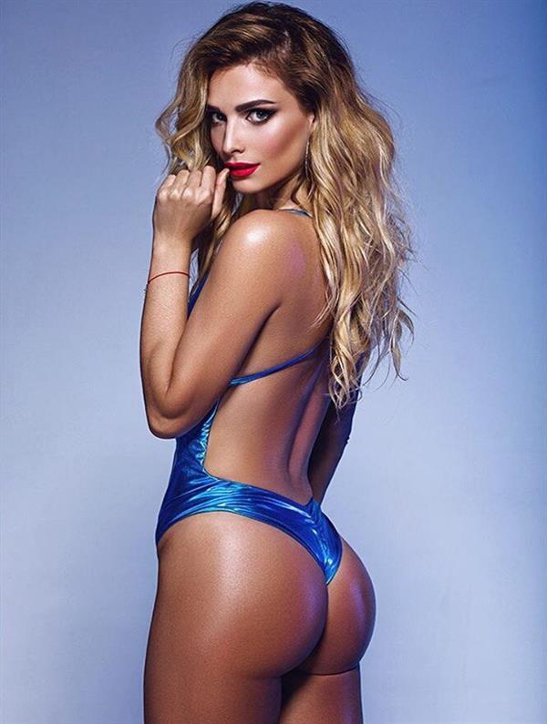 Tatyana Kotova in a bikini - ass