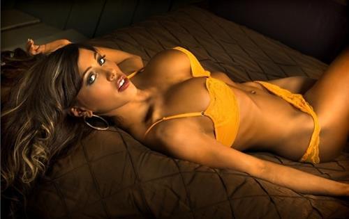 Carmen Ortega in lingerie