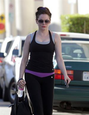 Rose McGowan Leaving the gym after workout in Studio City (November 20, 2012)