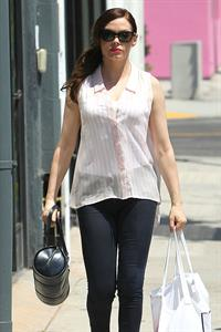 Rose McGowan - Shop on Melrose LA 19.08.12