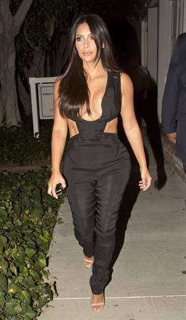 Kim Kardashian leaving the Fig  Olive restaurant in West Hollywood, August 20, 2014
