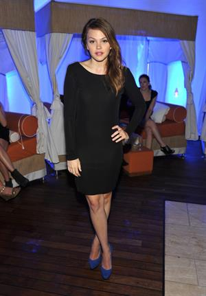 Aimee Teegarden Guess by Marciano Vogue 2011 Holiday Collection Debut 13.10.11