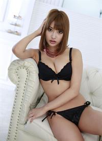 Asuka Kirara in lingerie