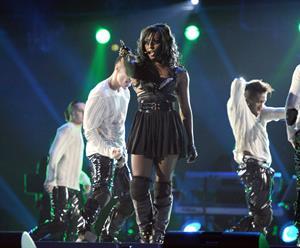 Alexandra Burke Michael Forever Tribute Concert 8/9/2011