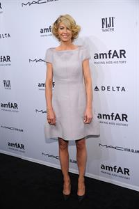 Jenna Elfman amfAR New York Gala To Kick Off Fall 2013 Fashion Week (06.02.2013)