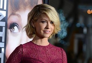 Jenna Elfman attends the Premiere of Universal Pictures' Identity Theft at the Village Theatre in Los Angeles (04.02.2013)