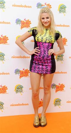 Pixie Lott – Nickelodeon Fruit Shoot Skill Awards 9/7/13