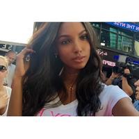 Jasmine Tookes taking a selfie