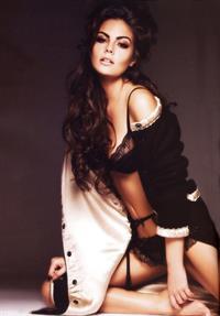 Ximena Navarrete in lingerie