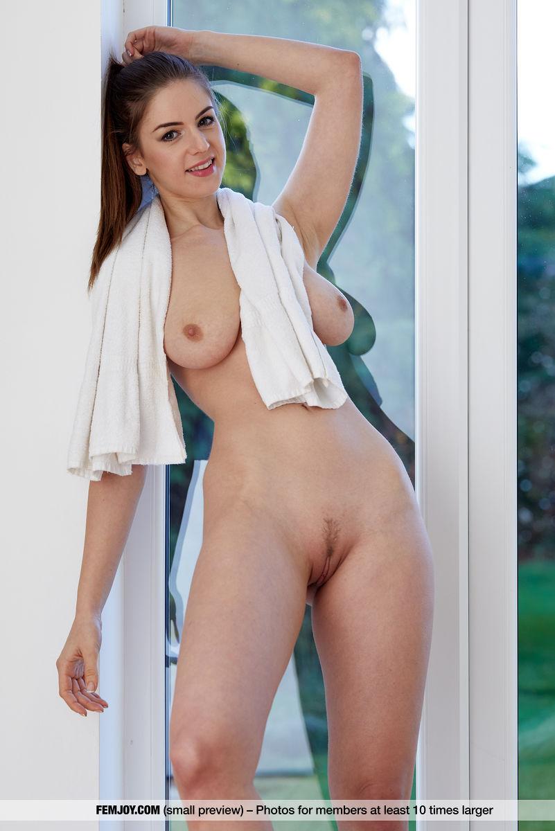 Stella cox nackt