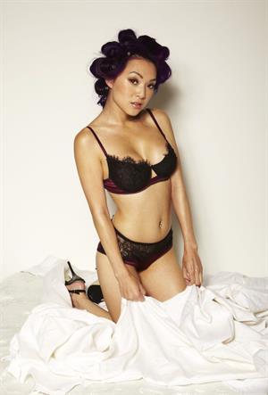 Linda Le in lingerie