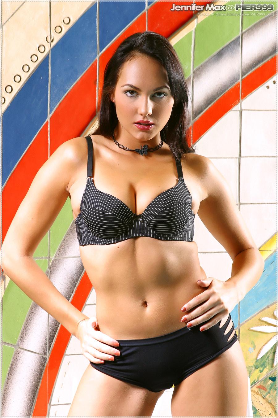 Jennifer Max in lingerie