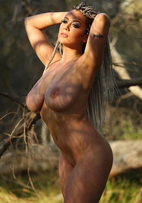 Leila lowfire nude pics