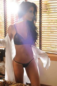Tatiana Gil in lingerie