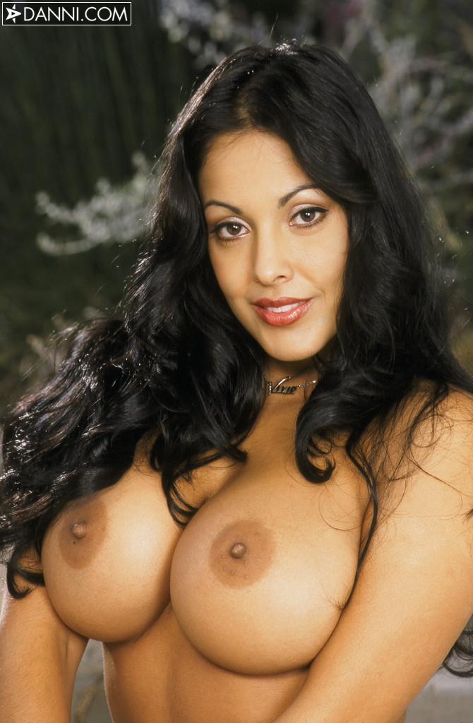 orgasm-nina-mercadez-naked-russian-sexy