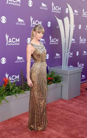 Taylor Swift 48th Annual Academy of Country Music Awards in Las Vegas 4/7/13