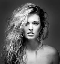 Lana Kington Topless
