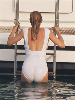 Uma Thurman bathing suit on Yacht in Saint-Tropez July 7-2013