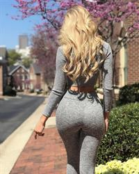 Amanda Taylor - ass