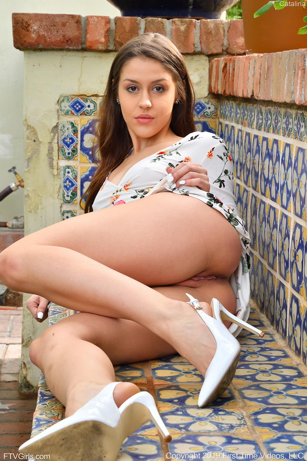 Nude catalina Catalina Aruca