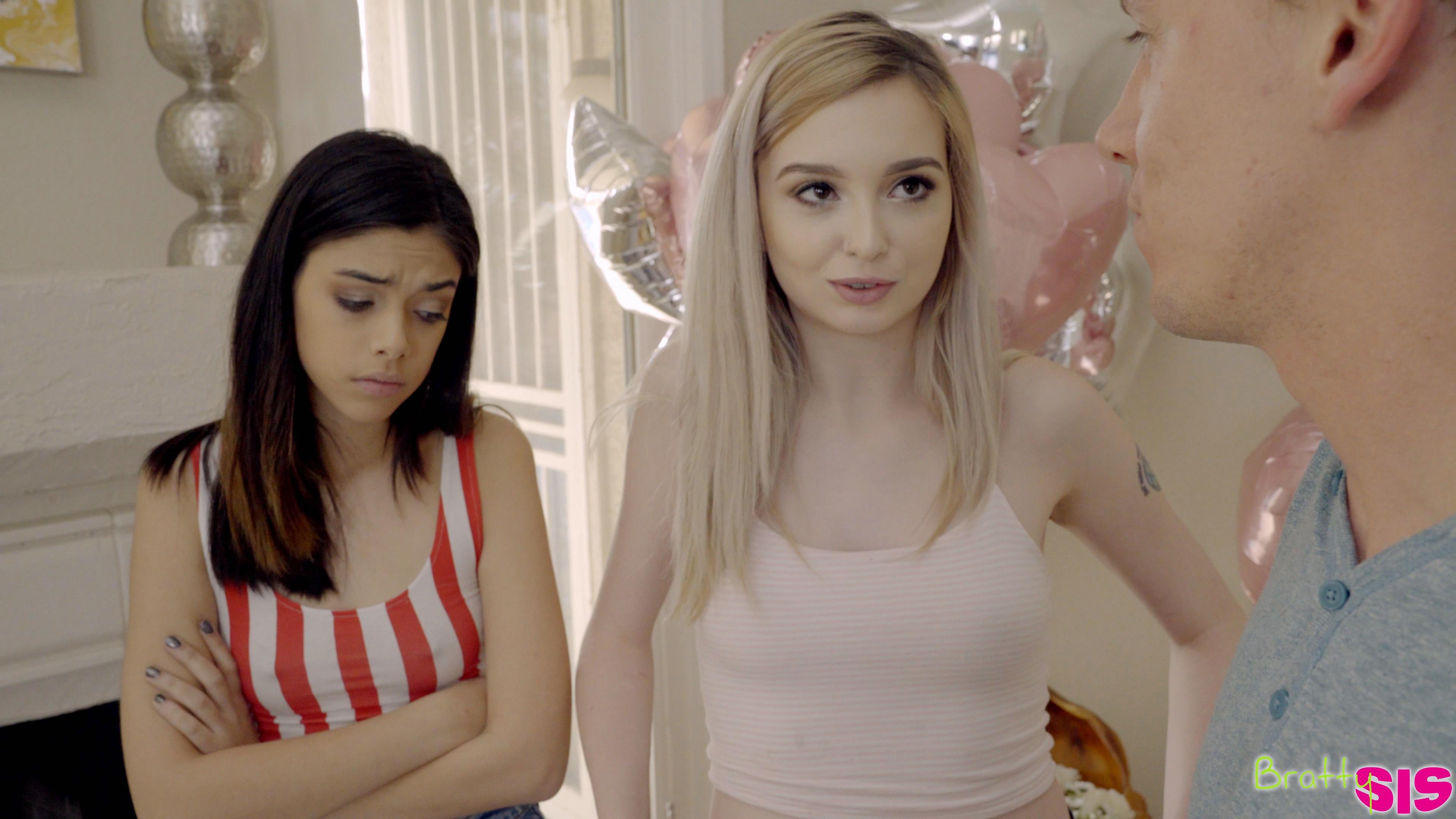 Lore Harmonie Wunder Lexi Adult film