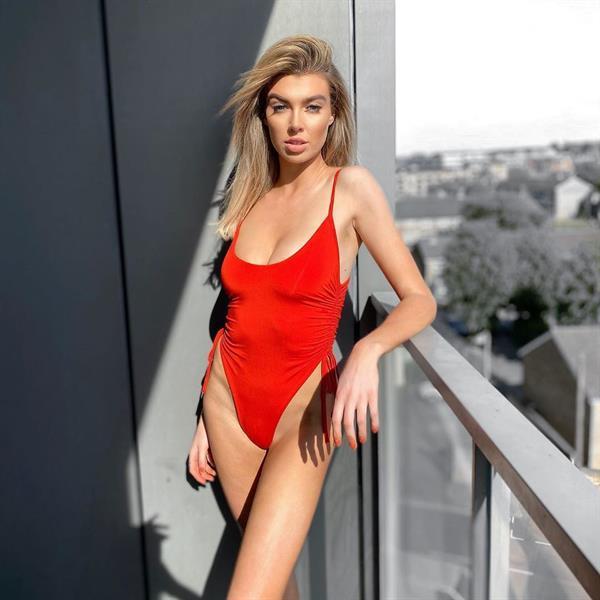 Nicole O